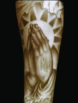 CODY HANDS
